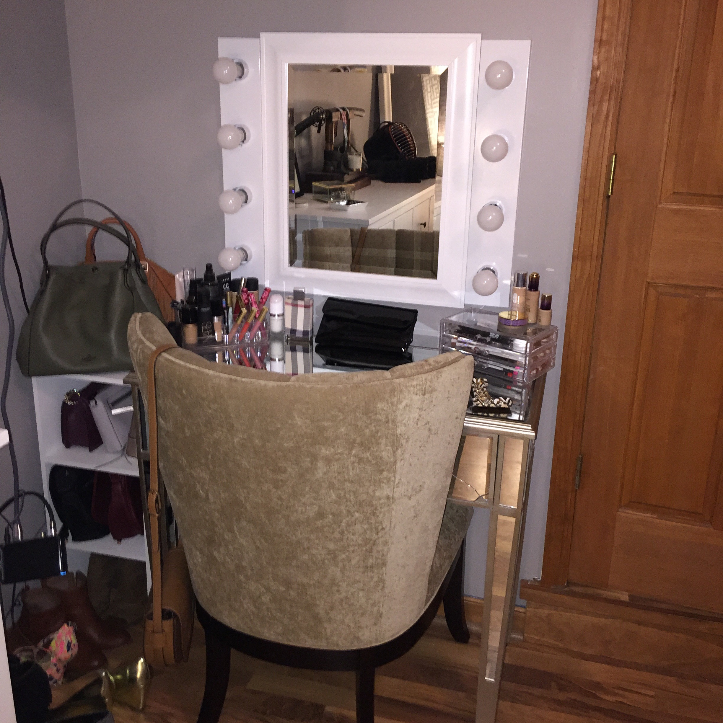My Mirrored Vanity Table, Five Drawer Chest And Mirror Came From Home Goods.  The Table Was $60 On Clearance, The Drawer Set Was $90 (both From Home Goods)  ...
